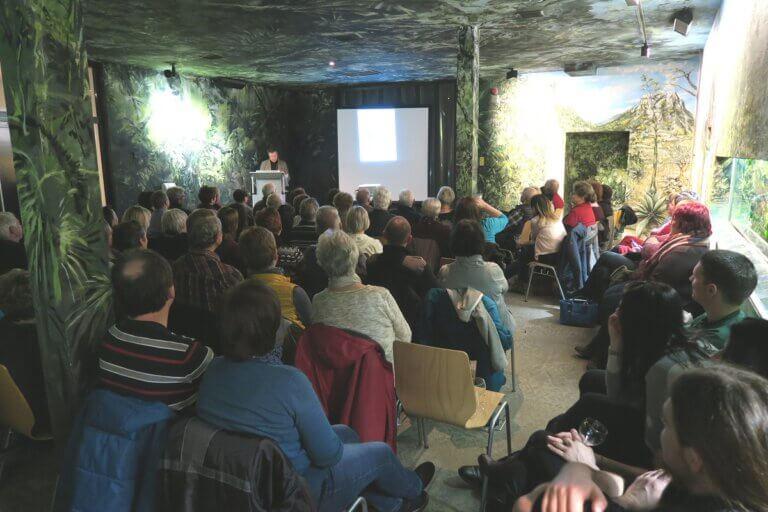 Benefizlesung von Jan Lipowski im Tierpark Chemnitz